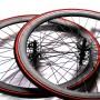 2 Roues noires à pignon fixe pour transformer votre fixie en vélo pub-compatible